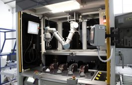 universal robots cobot in situation2