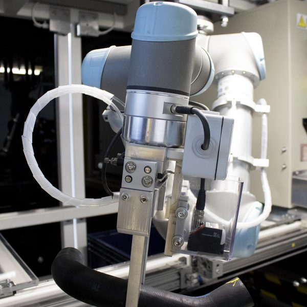 universal robots cobot in situation 1